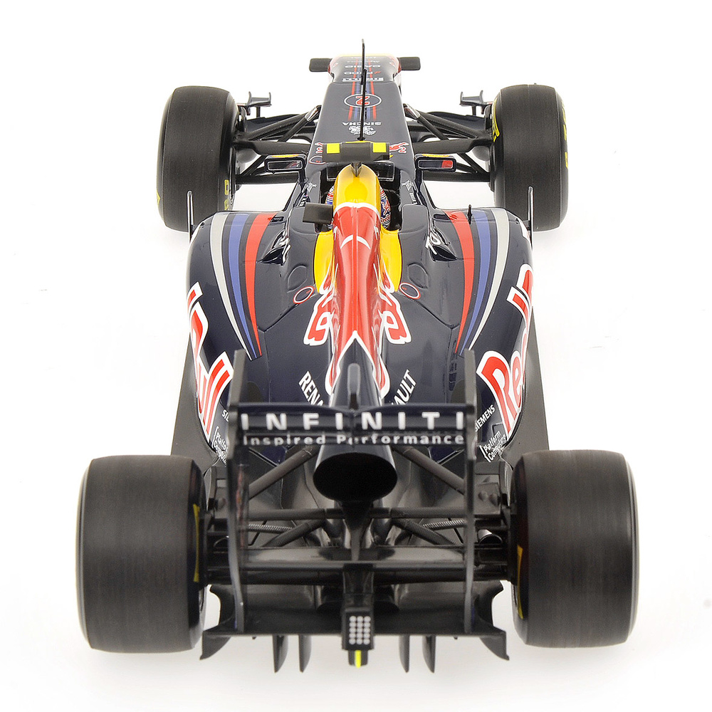 Red Bull RB7 nº 2 Mark Weber (2011) Minichamps 110110002 1/18