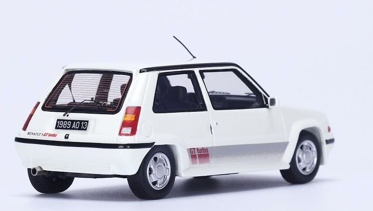 Renault 5 GT Turbo (1988) Spark S3858 1:43