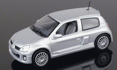 Renault Clio V6 Serie 2 (2000) Universal Hobbies 01837 1/43