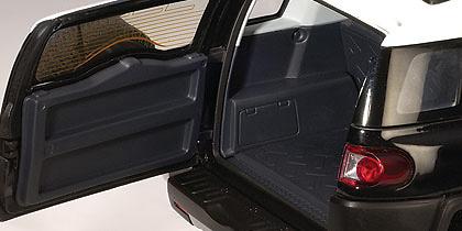 Toyota FJ Cruiser (2007) Autoart 78856 1/18