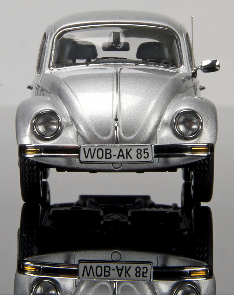 Volkswagen Escarabajo (1985) Schuco 450386100 1:43