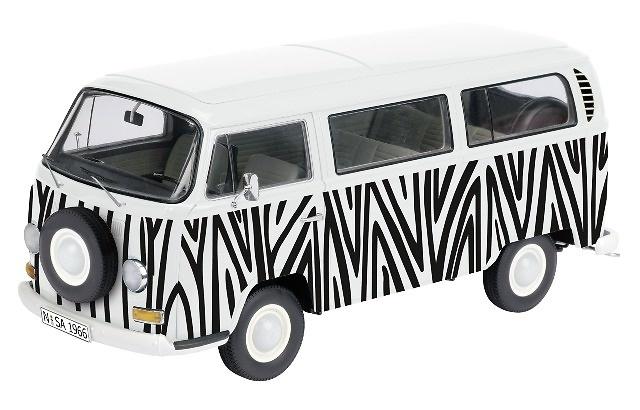 Volkswagen T2a Minibus