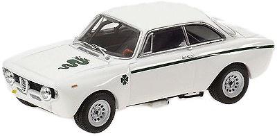 Alfa Romeo GTA 1300 Junior (1970) Minichamps 1/43