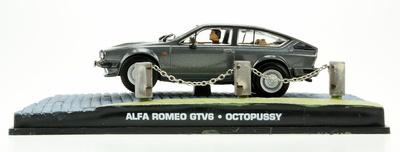 "Alfa Romeo GTV6 (1980) James Bond ""Octopussy"" Fabbri 1/43 Entrega 73"
