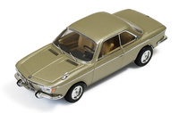 BMW 2000 CS (1966) Ixo CLC256 1:43