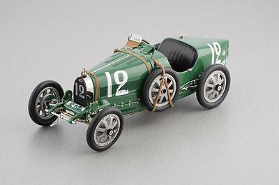 """Bugatti Tipo 35 """"Equipo de Gran Bretaña"""" nº 12 (1926) CMC 1/18"""