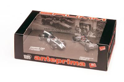 "Cooper T53 + chassis ""1° GP. Gran Bretaña"" Jack Brabham (1960) Brumm 1/43"