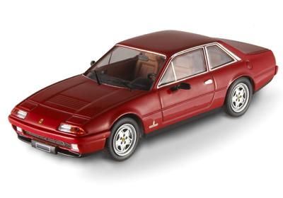 Ferrari 412 (1985) Hot Wheels 1/43