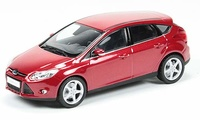 Ford Focus 5 P. (2011) Minichamps 1:43