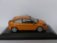 Ford Focus ST (2007) Minichamps 1:43