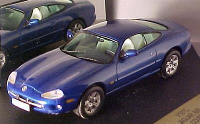 Jaguar XK8 Coupe (1996) Vitesse 1/43