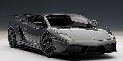 Lamborghini Gallardo LP570-4 Superleggera (2010) Autoart 1:18