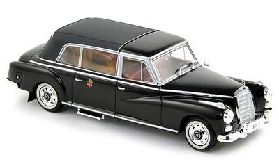 """Mercedes 300D Landaulet """"Ciudad del Vaticano"""" -W189- (1960) Norev 1/43"""