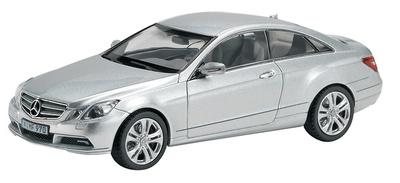 Mercedes Benz Clase E Coupé -C207- (2009) Schuco 1/43