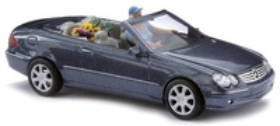 Mercedes CLK Cabrio Abierto -W209- con figura y acc. (2003) Busch 1/87