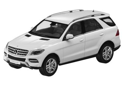 Mercedes Clase M -W166- ML (2011) Minichamps 1:43