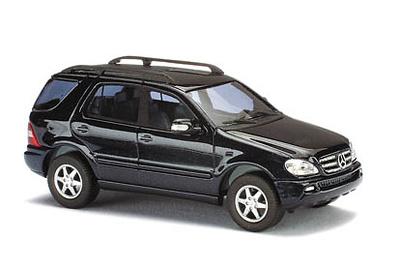 Mercedes Clase ML 500 (2001) Facelift CMC Busch 1/87