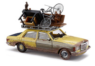 "Mercedes W123 Limousine ""Indestructible"" (1977)  Busch 1/87"