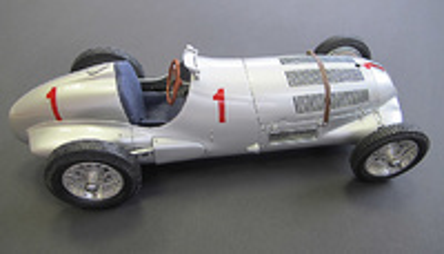 "Mercedes W125 ""GP. Donington"" nº 1 Rudolf Caracciola (1937) CMC 1:18"