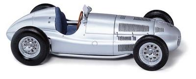 Mercedes W165 (1939) CMC 1/18