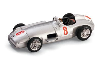 """Mercedes W196 """"1º GP. Holanda"""" nº 8 Juan Manuel Fangio (1955) Brumm 1/43"""