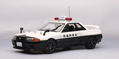 """Nissan Skyline GT-R """"Policia Ibaraki-Kenkey"""" -R32- (1989) Autoart 1/18"""