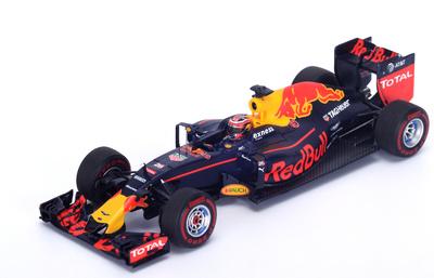 "Red Bull RB12 ""GP. Bahrein"" nº 26 Daniil Kvyat (2016) Spark 1:43"