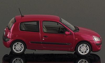 "Renault Clio Serie 2 ""Privilege"" (1998) Universal Hobbies 1/43"