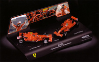 Set 2 modelos Ferrari F2007 K. Raikkonen y F. Massa (2007) Hot Wheels 1/43