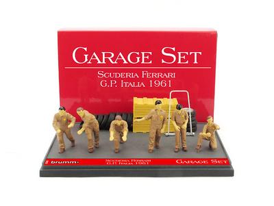 """Set Garage de 6 mecánicos con accesorios Escudería Ferrari """"GP. Italia"""" (1961) Brumm 1:43"""
