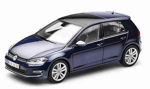 Volkswagen Golf 5 p. Serie VII (2014) Norev 1:18