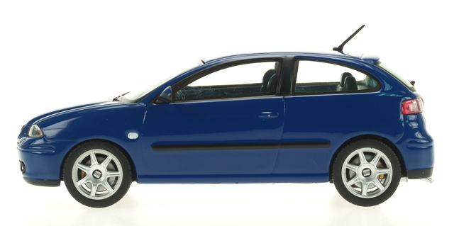 Seat Ibiza Serie III (2002) Ixo 1/43 Azul Oscuro