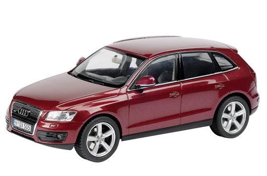 Audi Q5 (2008) Schuco 1/43 Rojo Metalizado