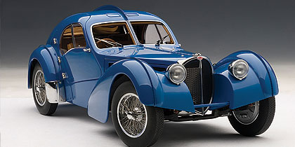 Bugatti 57 SC Atlantic (1938) Autoart 1/18 Azul Llantas Cromadas