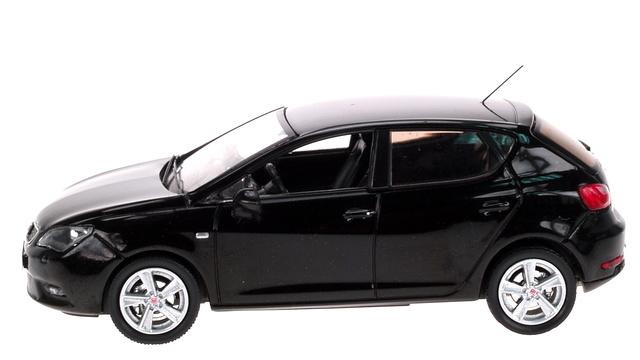Seat Ibiza Restiling 5 p. (2012) AF 1:43 Negro