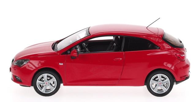 Seat Ibiza Coupé 3p. Restiling (2012) AF 1:43 Rojo Emoción