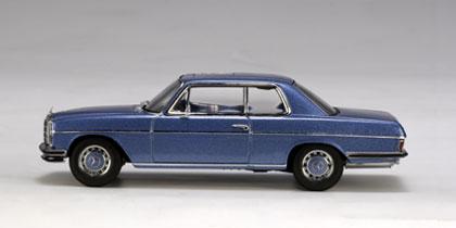 Mercedes 280C Coupé -W114- (1972) Autoart 1/43 Azul Oscuro Met.