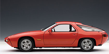 Porsche 928 (1978) Autoart 1/18 Rojo