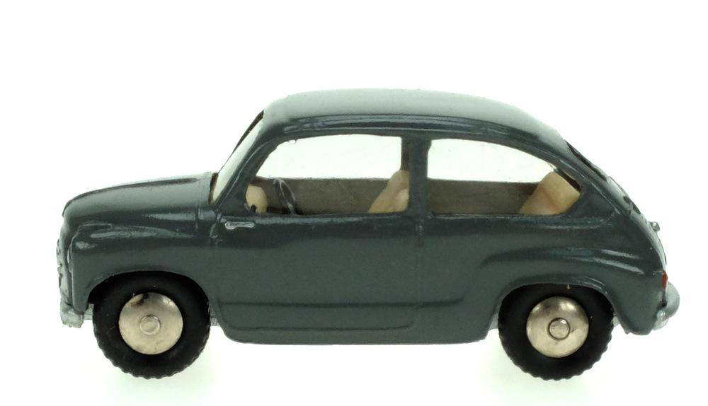 Fiat 600 (1955) Scott 1/50 Gris Oscuro