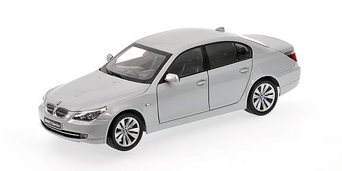 BMW Serie 5 550i -E60- (2004) Kyosho 1/18 Gris Metalizado