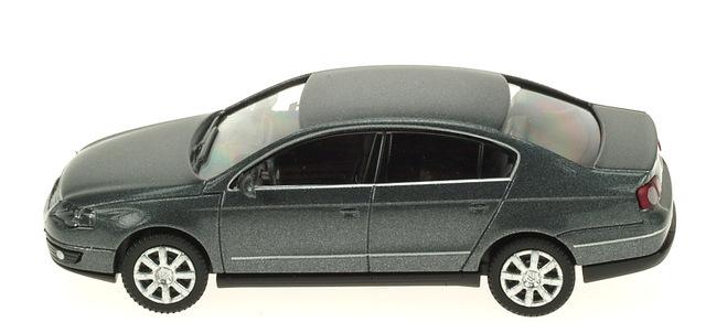 Volkswagen Passat -B6- (2005) Wiking 1/87 Gris Metalizado