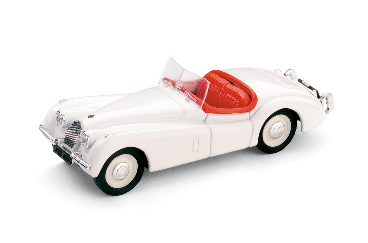 Jaguar XK120 Roadster Abierto (1948) Brumm 1/43 Blanco