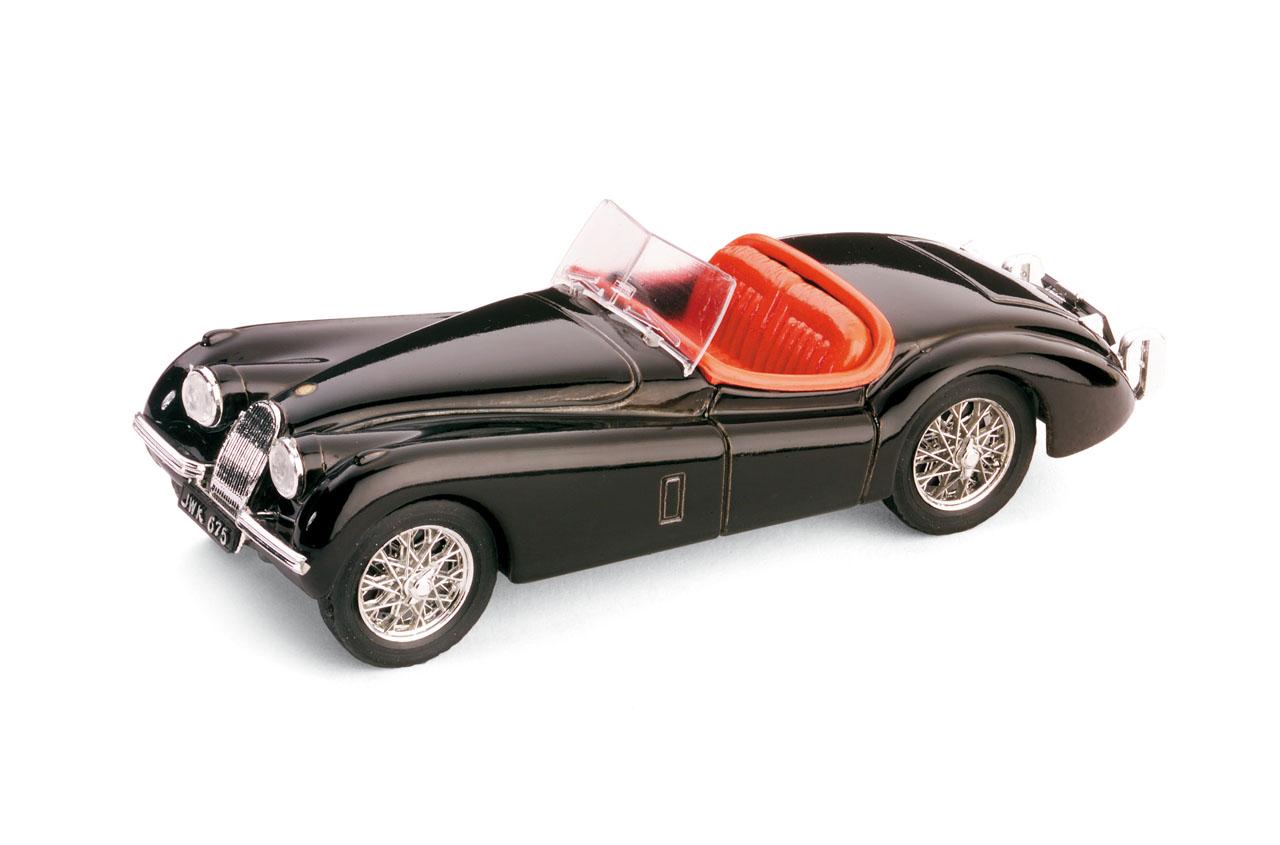 Jaguar XK120 Roadster Abierto (1948) Brumm 1/43 Negro