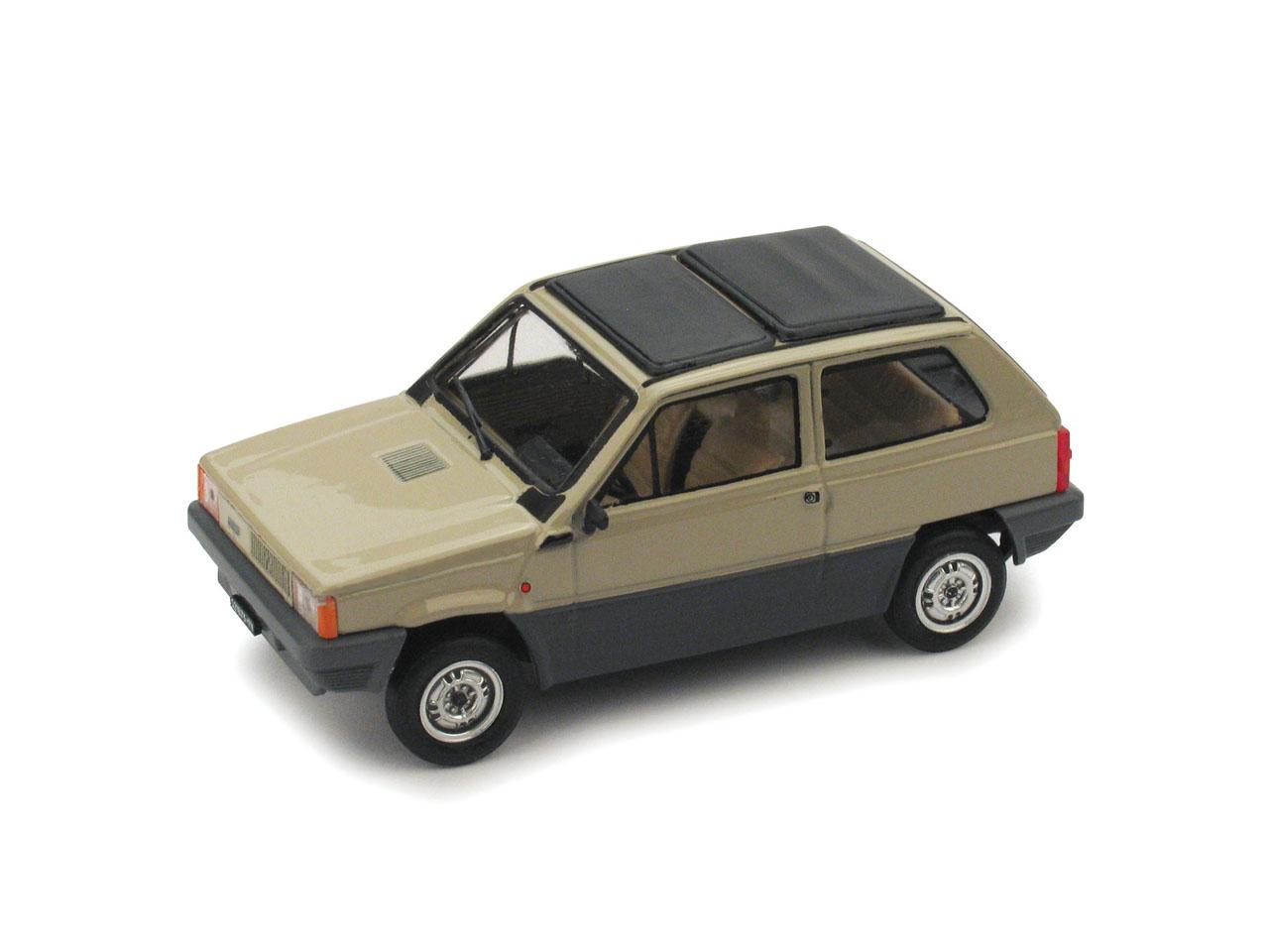 Fiat Panda 45 Techo de lona cerrado (1981) Brumm 1/43 Beige Kenia
