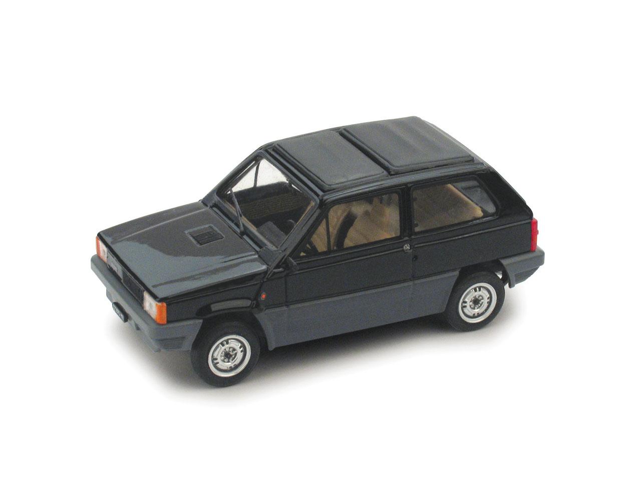 Fiat Panda 45 Techo de lona cerrado (1981) Brumm 1/43 Negro Luxor