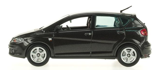 Seat Altea (2004) Ixo 1/43 Negro