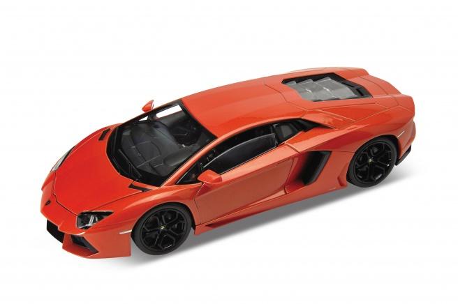 Lamborghini Aventador LP 700-4 (2011) Welly 1:24 Naranja Metalizado