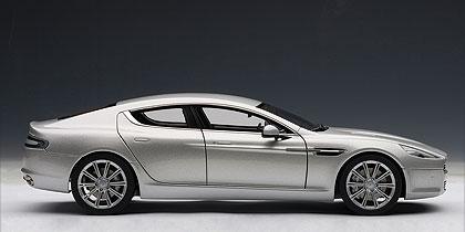 Aston Martin Rapide (2010) Autoart 1/18 Gris Plata Metalizado