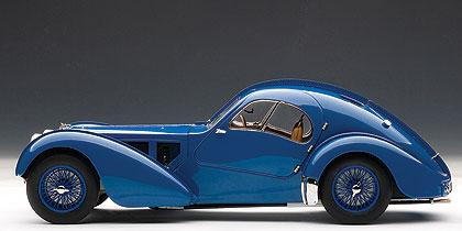 Bugatti 57SC Atlantic (1938) Autoart 1/18 Azul Llantas Azules