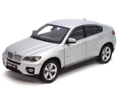 BMW X6 XDrive 50i -E70- Kyosho 1/18 Gris Plata